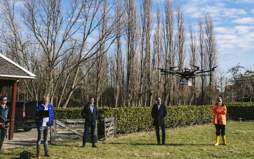 Bij het kasteel in het Zeeuwse Sint-Maartensdijk vonden woensdag dronevluchten met de nieuwe Lidar-technologie plaats. beeld Timek