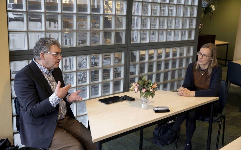 Dr. Hanneke Schaap-Jonker en dr. Steef Post delen de overtuiging dat niet de moderne psychologie maar de Bijbel leidend moet zijn voor een christenpscholoog. beeld RD, Anton Dommerholt