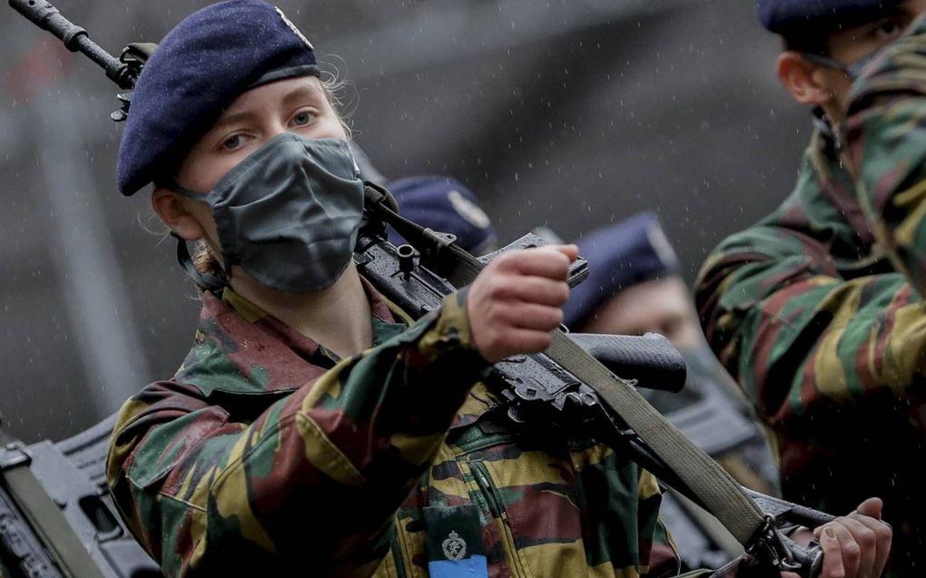 Kroonprinses Elisabeth volgt een militaire opleiding om kennis te maken met het leger. Als koningin wordt ze straks ook opperbevelhebber van de Belgische strijdkrachten.beeld EPA, Stephanie Lecocq