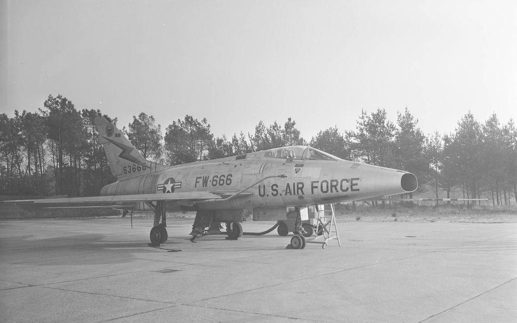 De F-100 'Super Sabre' wordt gerestaureerd met geld van crowdfunding. beeld Collectie Nederlands Instituut voor Militaire Historie