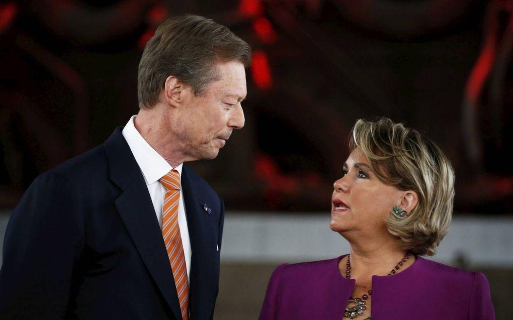 Groothertog Henri en groothertogin Maria Teresa van Luxemburg zijn veertig jaar getrouwd.beeld EPA, Julien Warnand