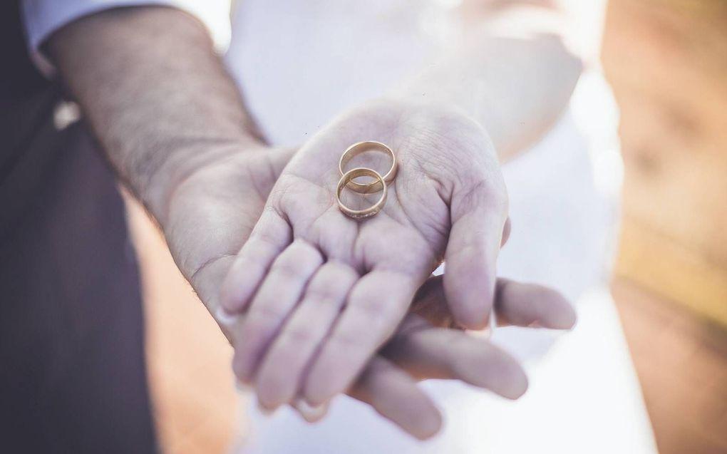 Satans pijlen zijn gericht op huwelijk en seksualiteit.beeld Unsplash