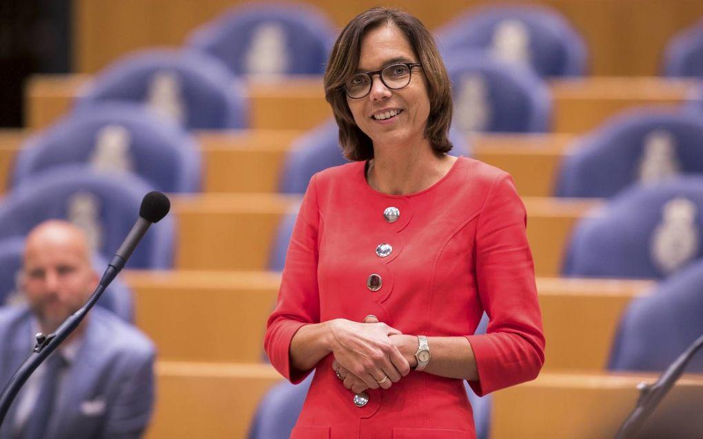 """Vertrekkend ChristenUnie-Tweede Kamerlid Carla Dik-Faber: """"De werkelijkheid is veel gedifferentieerder dan we in de politieke arena vaak denken."""" beeld Dirk Hol"""