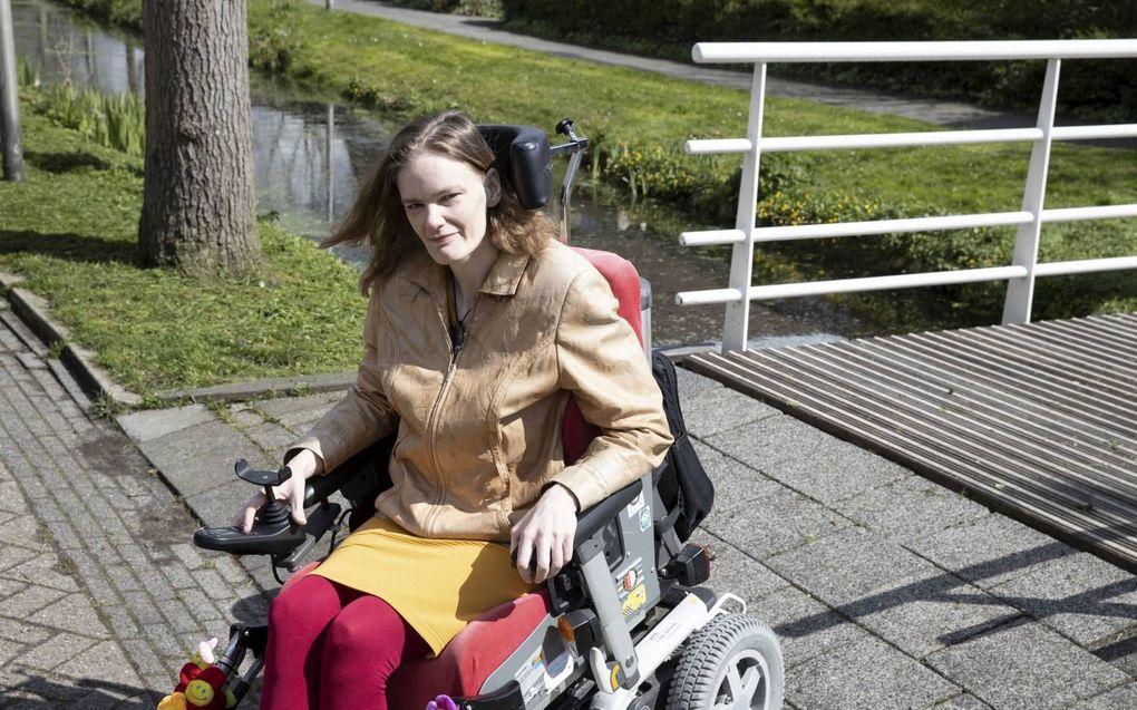 """Corien Delger: """"Het is soms schrikbarend waar mensen met een beperking tegenaan lopen."""" beeld RD, Anton Dommerholt"""