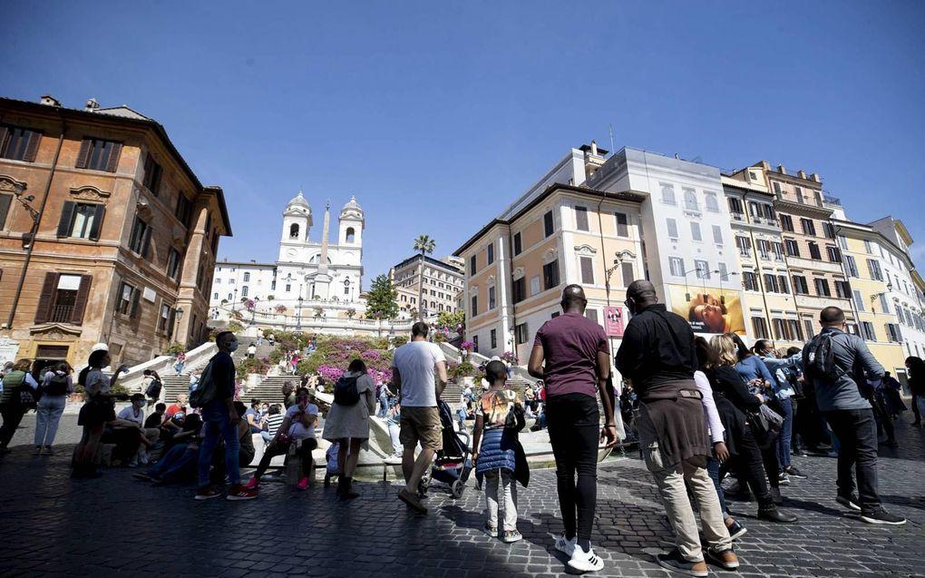 Toeristen in het centrum van Rome.beeld AFP, Massimo Percossi