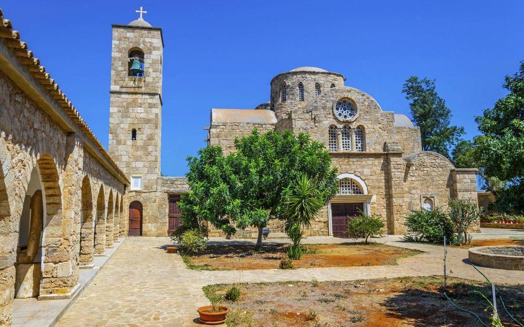 Het Sint-Barnabasklooster op Cyprus. Aanvankelijk hadden de christenen geen kerken of kloosters. Dat weerhield hen er niet van om liefdevol met elkaar en met anderen om te gaan in een heidense wereld. beeld iStock