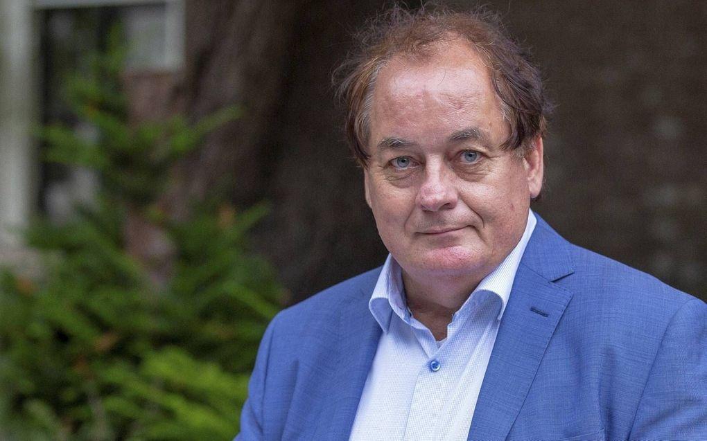 Beeld prof. dr. H. W. (Wim) van den Doel. beeld eigen collectie
