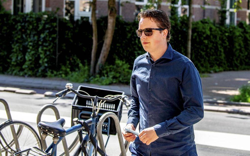 Sywert van Lienden onlangs in Amsterdam op weg naar een uitzending van tv-programma Buitenhof, waar hij het boetekleed aantrok. beeld ANP, Robin Utrecht