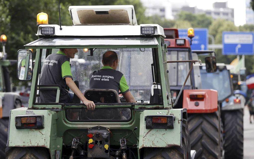 Boeren demonstreren op het Malieveld tegen het stikstofbeleid van het kabinet, dat de stikstofuitstoot van de landbouw de komende jaren fors wil verminderen. beeld ANP, Robin van Lonkhuijsen