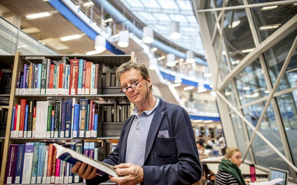 Fred Brouns is broodprofessor. beeld Angeline Swinkels