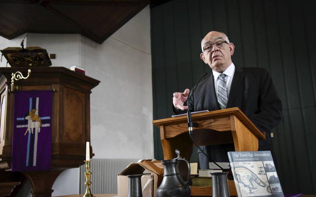 Gerrit Roos schreef een boek over de kerkgeschiedenis van Texel.beeld persbureau Kooiman