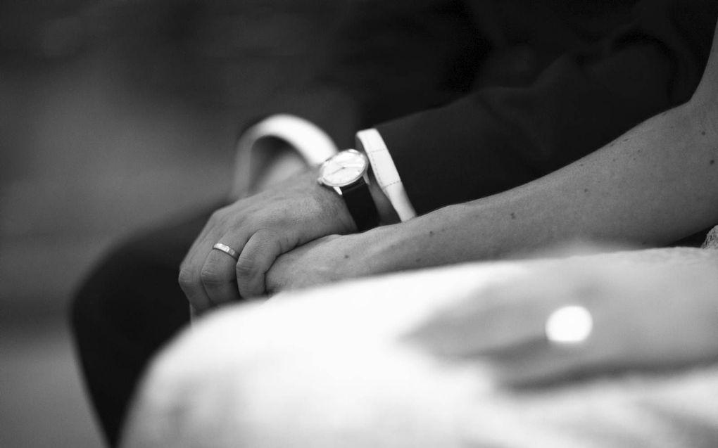 Proos schrijft op een waardevolle en invoelende manier over de mengeling van verdriet en blijdschap die een tweede huwelijkssluiting met zich meebrengt.beeld iStock