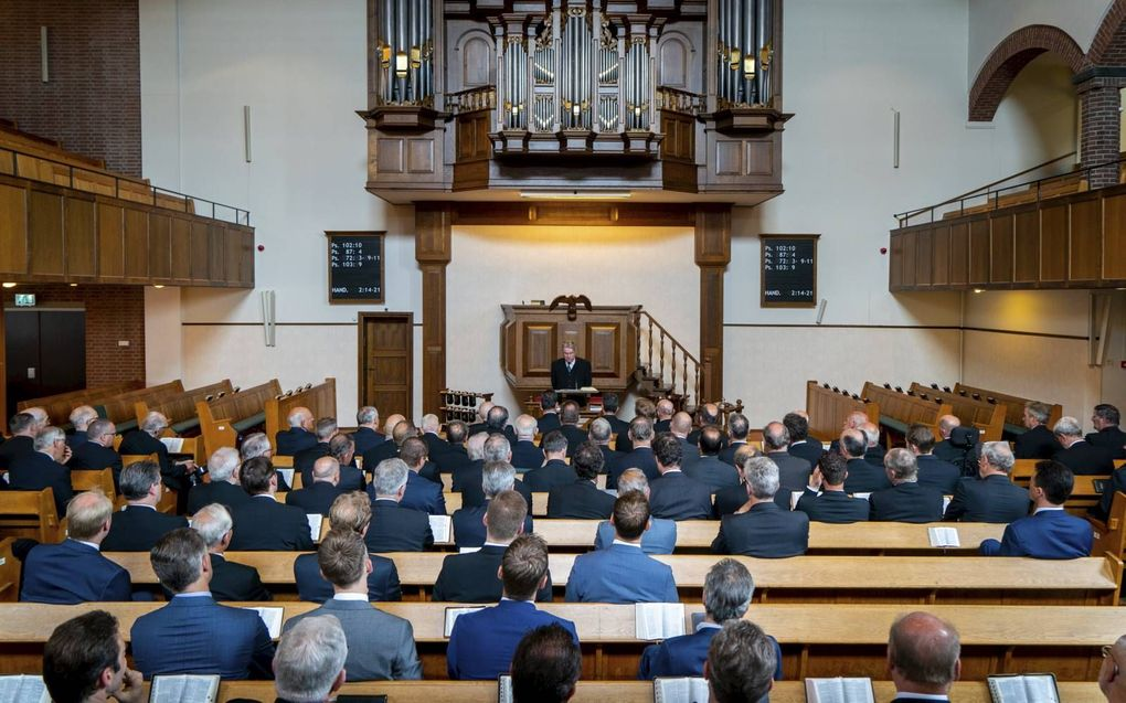 Prof. dr. A. Baars sprak zaterdag in Sliedrecht op een ambtsdragersconferentie van de christelijke gereformeerde stichting Bewaar het Pand.beeld Cees van der Wal