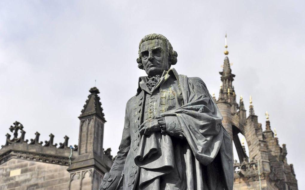 Standbeeld van Adam Smith in Edinburgh.beeld iStock