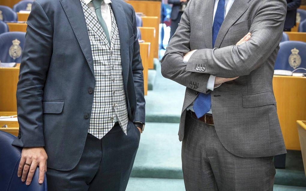 VVD-fractievoorzitter Dijkhoff en zijn ChristenUnie-collega Segers. beeld RD, Henk Visscher