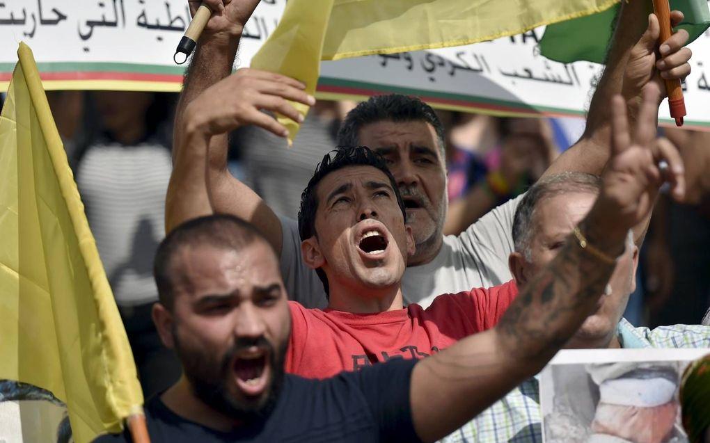 Koerdisch protest tegen de Turkse aanval in Syrië. beeld EPA
