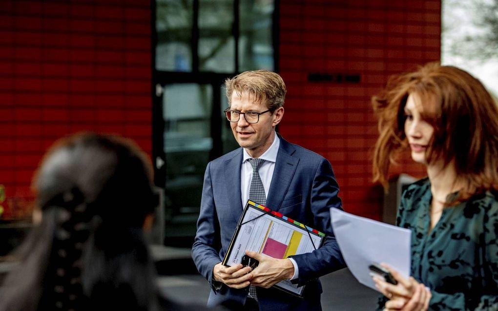 Slachtoffers van geweld in de jeugdzorg kregen vrijdag een toelichting op de schaderegeling van minister Dekker.  beeld ANP, Robin Utrecht