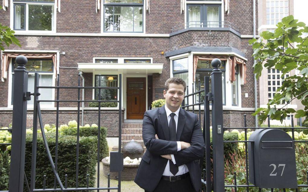 """Student L. van der Kuijl: """"In de studie is het belangrijk om de verborgen omgang met de Heere te zoeken.""""beeld RD, Anton Dommerholt"""