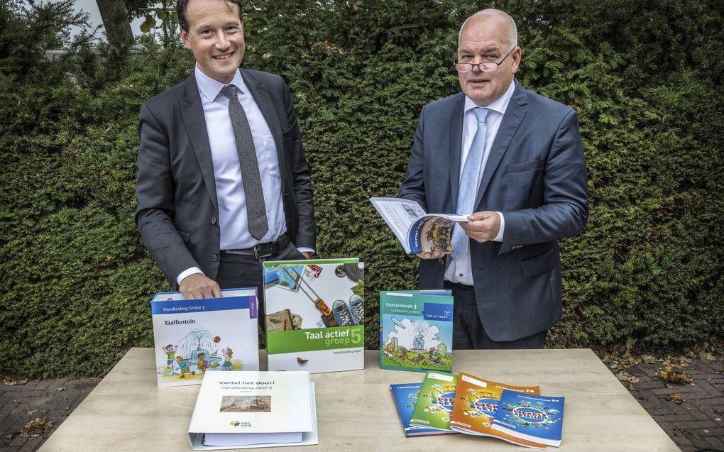 VBSO-bestuurder Arno Bronkhorst (l.) en VGS-bestuurder Pieter Moens. De beide besturenorganisaties hebben vrijdag de stichting Ontwikkeling Leermiddelen opgericht. beeld Henk Visscher