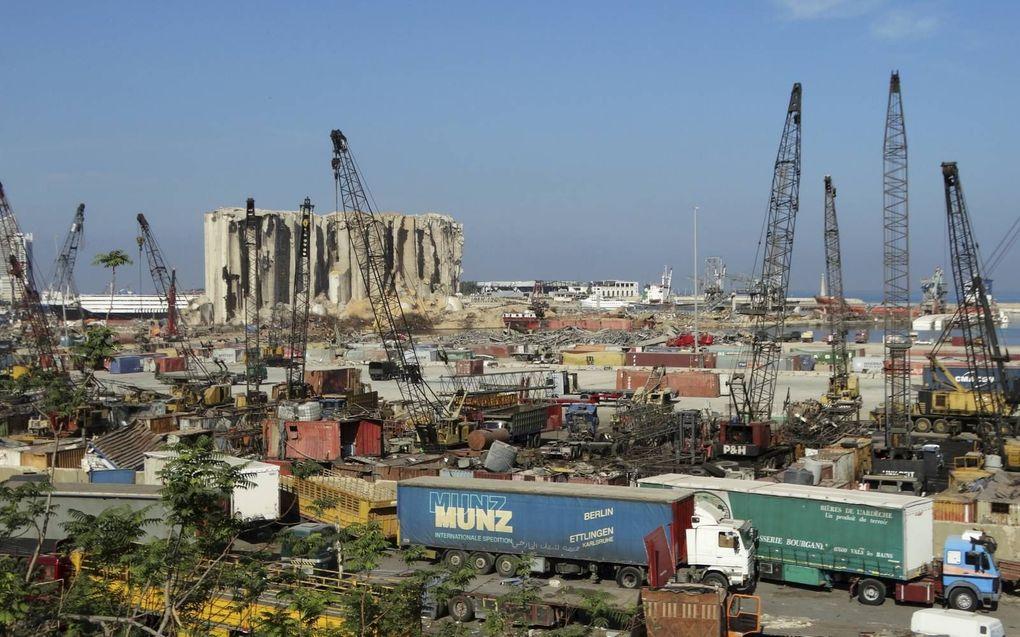 Drie maanden na de verwoestende explosie in de haven van Beiroet is het herstelwerk in volle gang, maar nog altijd is de schade gigantisch. Het ontploffen van 2.750 ton ammoniumnitraat kostte zeker 200 mensen het leven. Naar schatting 6500 mensen raakten