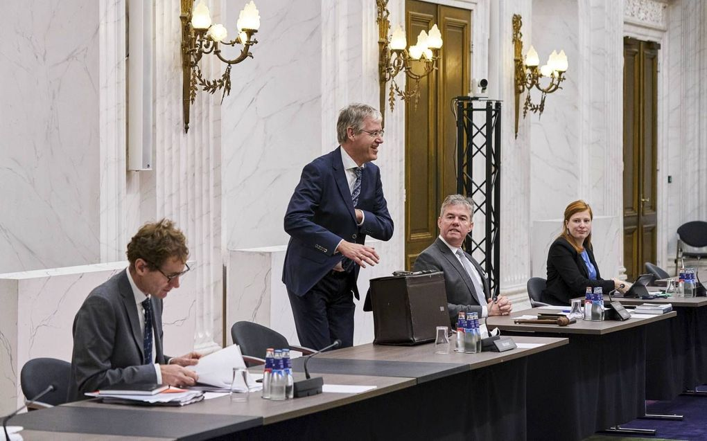 Minister Slob voor Basis- en Voorgezet Onderwijs in de Tweede Kamer net voor aanvang het het debat over aanscherping van de burgerschapseis aan scholen. beeld ANP, Phil Nijhuis