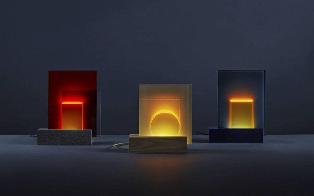 Lichtobject van Hedwich Hooghiemstra.beeld Galerie Pouloeuff