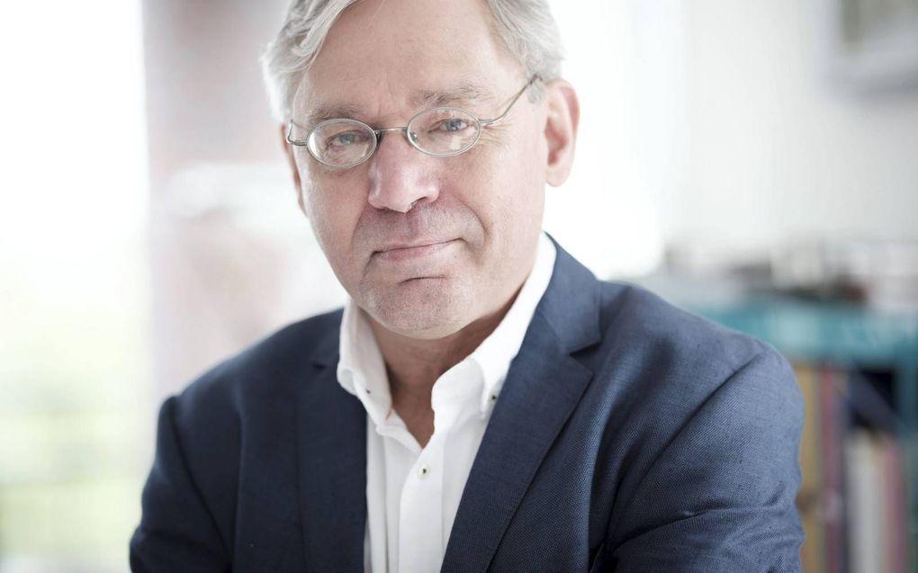 Epidemioloog dr. Dick Bijl bestrijdt het nut van de griepprik en maakt zich zorgen over de veiligheid van coronavaccins. beeld Sjaak Verboom