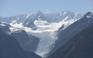 De Fox-gletsjer bij helder zicht. beeld Ronald Bertram