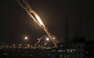 Raketten vlogen vrijdag vanuit Gaza richting Israël. beeld EPA, Mohammed Saber