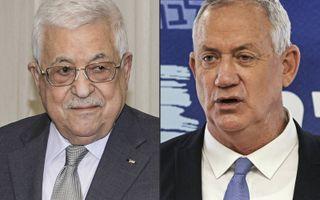 De Palestijnse president Abbas (l.) en de Israëlische minister van Defensie Gantz (r.).beeld AFP, Thaer Ghanaim, Menahem Kahana