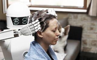 De inzet van robots in de dienstensector zal fors toenemen. Daardoor groeit de werkloosheid naar verwachting binnen twintig jaar tot 30 à 50 procent. beeld iStock