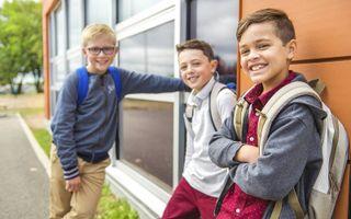 """""""Van de scholen wordt gevraagd dat ze onze kinderen helpen om vanuit de Bijbelse waarden een bijdrage aan de samenleving te leveren."""" beeld iStock"""