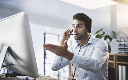 Veel mensen ergeren zich aan ongevraagde verkooptelefoontjes. De persoon op de foto heeft geen relatie met de personen uit het artikel. beeld iStock