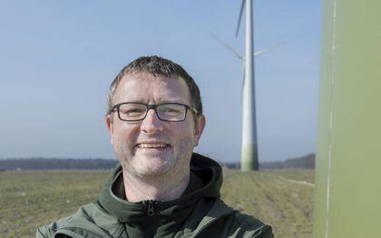 """Andres Bauer: """"Coöperatieve windmolens leveren meer op dan alleen duurzame energie."""" beeld Friedemann Bauer"""
