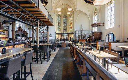 Restaurant in de Sint-Willibrorduskerk in Hooge Zwaluwe.beeld, RCE, Nanette de Jong