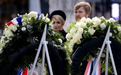 """""""Nederland heeft te snel de dimlichten op haar verleden gericht, nog voordat de feiten in kaart zijn gebracht"""", constateerde Roxane van Iperen tijdens de Nationale Herdenking. beeld ANP, Koen van Weel"""