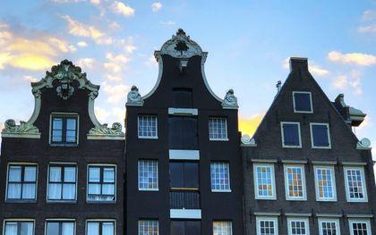 """""""De basis van de bloei van Holland in de zeventiende eeuw lag in de stad, betoogt historicus Maarten Prak."""" Foto: Amsterdam. beeld iStock"""