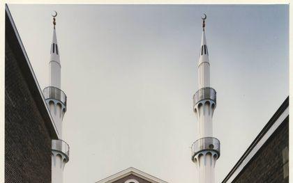 De synagoge aan de Wagenmakerstraat werd een Turkse moskee.beeld Haags Gemeente Archief