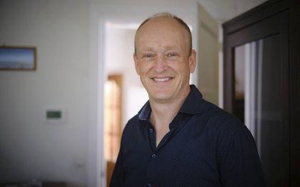 """""""Verhalenverteller"""" en fotograaf Bart Sikkema reist voor Wycliffe naar zendingsgebieden over de hele wereld.beeld Sjaak Verboom"""