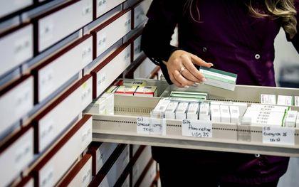 """""""Een belangrijke oorzaak van het pillenprobleem is het onbegrepen verschil tussen werken en helpen.""""beeld ANP, Koen van Weel"""