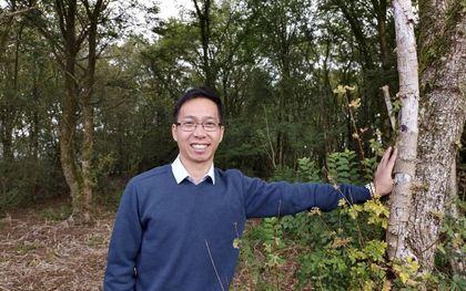 """Timothy Cho (33) vluchtte tweemaal uit Noord-Korea. Beide keren werd hij gesnapt. De dertiger wil niet veel kwijt over de """"verschrikkelijke tijd"""" die hij in de gevangenis doormaakte.beeld Open Doors"""