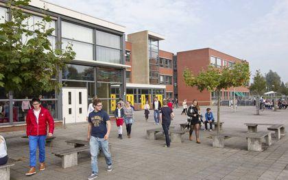 Reformatorische scholen liggen onder vuur vanwege hun standpunt over homoseksualiteit. Foto: de reformatorische Gomarus Scholengemeenschap in Gorinchem.beeld RD, Anton Dommerholt