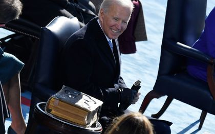 Biden tijdens de inauguratie. beeld AFP