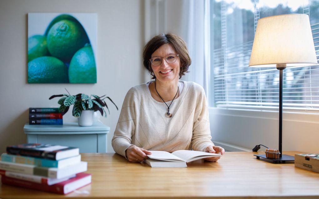 Nelleke Petit (51) in haar praktijk.