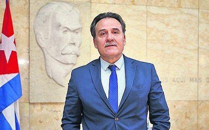 De Cubaanse ambassadeur in Spanje, Gustavo Machín Gómez. beeld 20Minutos