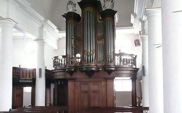 Het Bätzorgel in de Maarten Lutherkerk in Paramaribo. beeld Hans Mudde