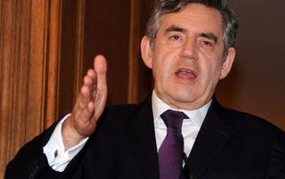 De Britse premier Gordon Brown wil dat de Europese Unie zich verplicht om de uitstoot van broeikasgassen met 30 procent te verminderen. Foto EPA
