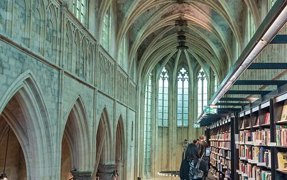 Boekhandel Dominicanen Kerk Zwolle. beeld Wikimedia, dronepicr