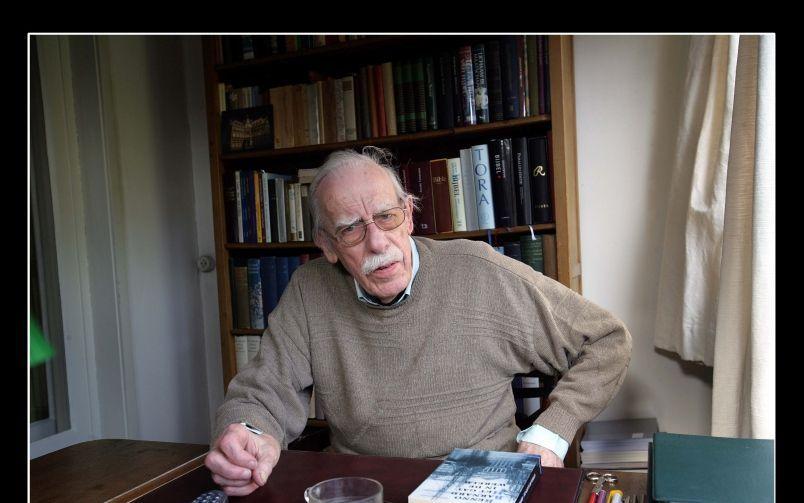Dichter-dominee Willem Barnard (90) is overleden. Foto Sjaak Verboom