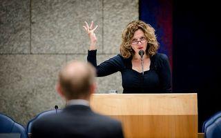 Minister Schippers in debat met Van der Staaij (SGP). Beeld ANP